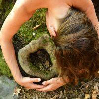 נשיות בדרך הטבע
